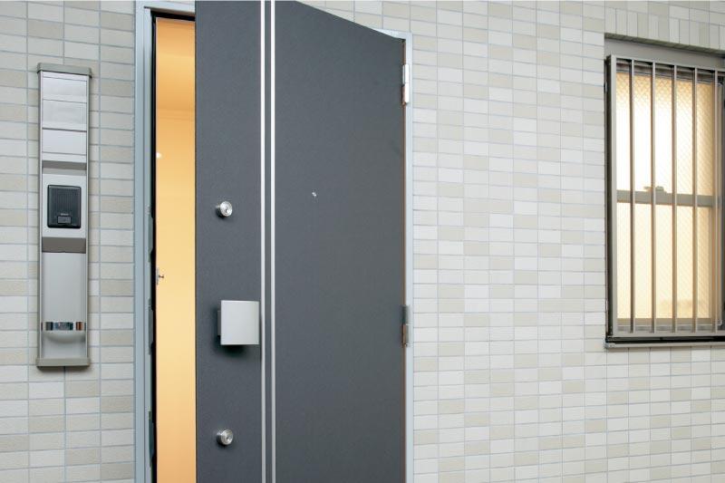 知っておきたい玄関の防犯対策